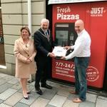 Торговый аппарат по приготовлению горячей пиццы